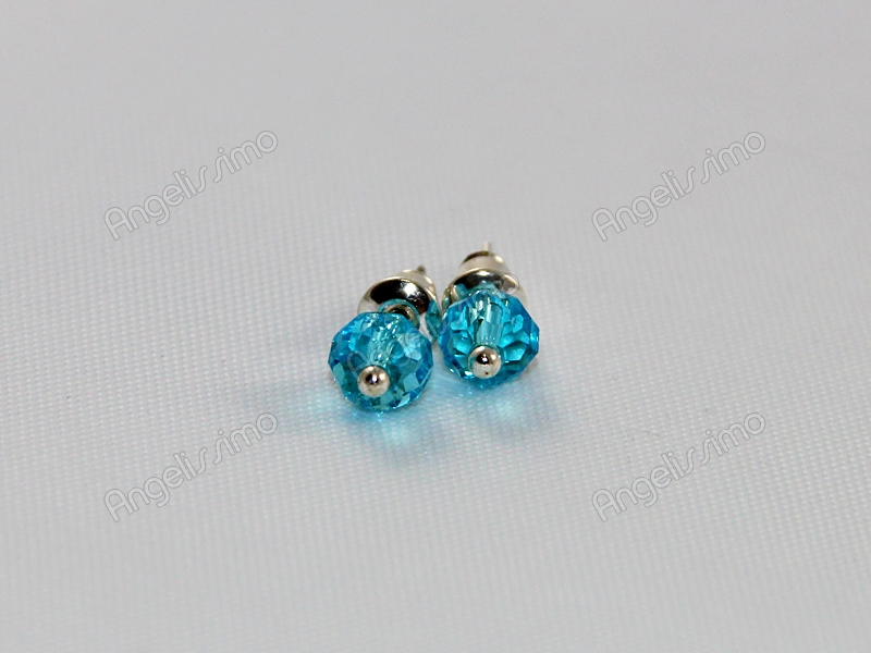 Серьги из светло-голубого фианита