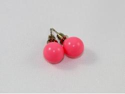 Серьги из светло-розового пластика
