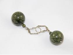 Серьги из зеленого змеевика